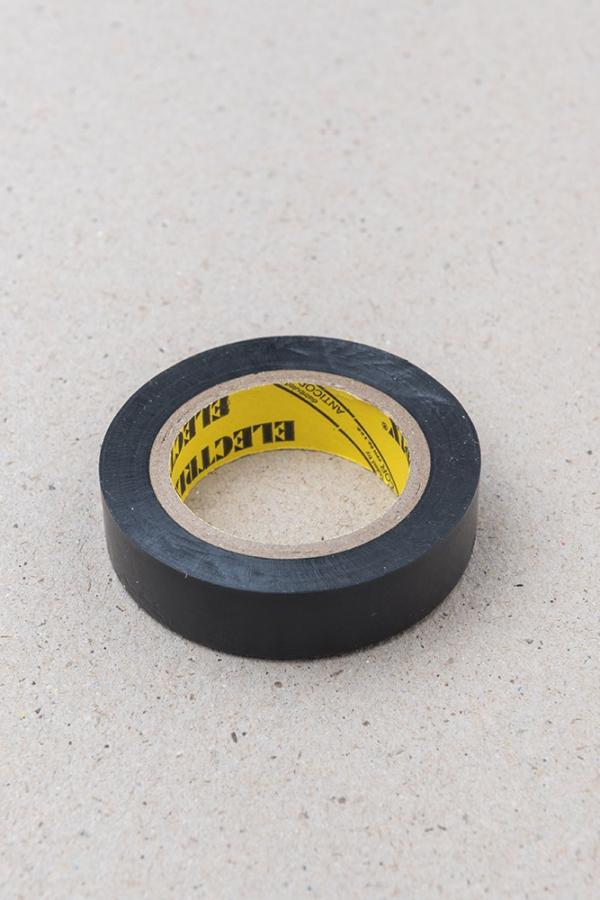 Lepící páska černá / Malý kutil – polytechnika pro předškolní děti