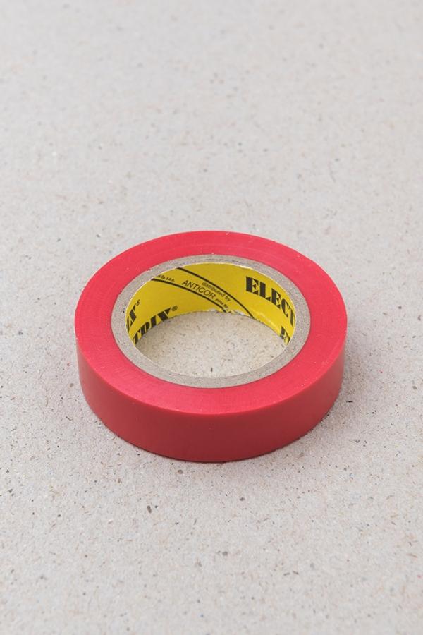 Lepící páska červená / Malý kutil – polytechnika pro předškolní děti