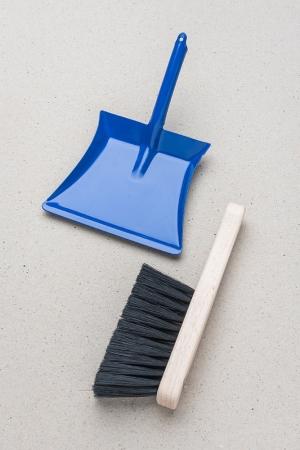 Dětský smetáček a lopatka modrá / vhodné nářadí pro děti / Malý kutil – polytechnika pro předškolní děti
