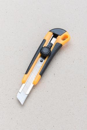 Odlamovací nůž / vhodné nářadí pro děti / Malý kutil – polytechnika pro předškolní děti